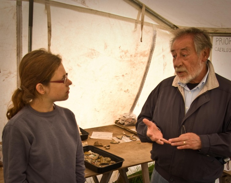 Finds co-ordinator Alice and Gerald discussing Welsh ceramics and limpets